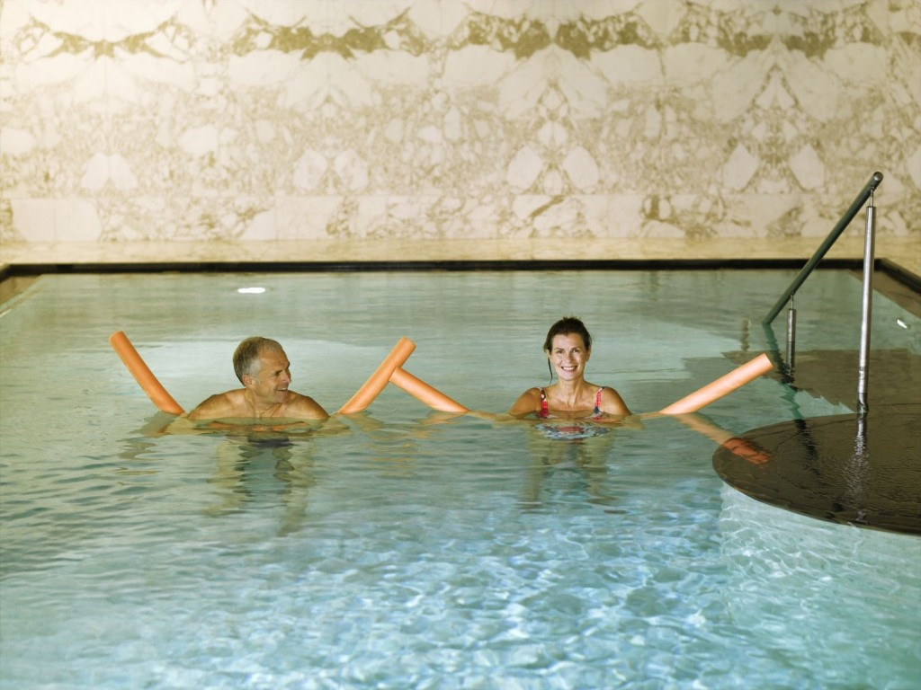 bazenova-terapie_falkensteiner-medspa-marianske-lazne1