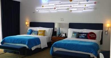 Facebook má svůj vlastní hotelový pokoj