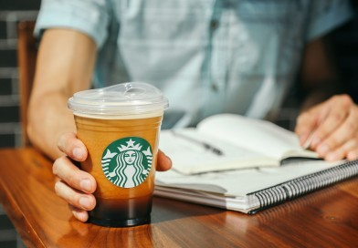 Starbucks a McDonald's podporují vývoj ekologických pohárků